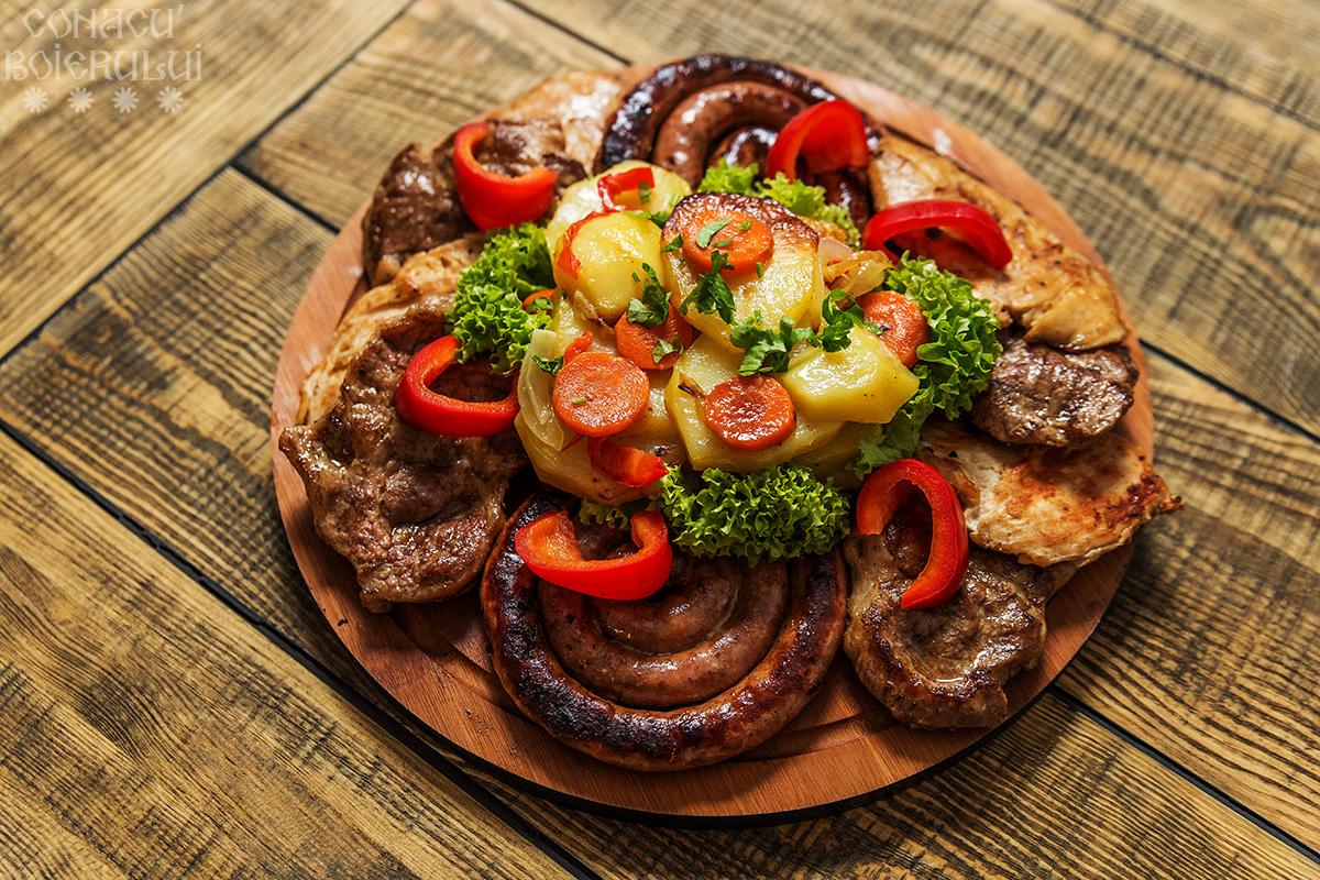 Restaurant Conacu' Boierului, Ponoarele, Mehedinti - Platou taranesc
