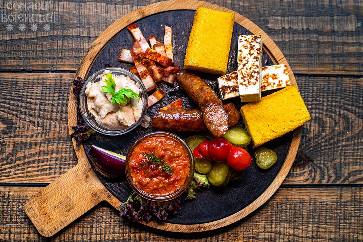Restaurant Conacu' Boierului, Ponoarele, Mehedinti - Platoul boierului