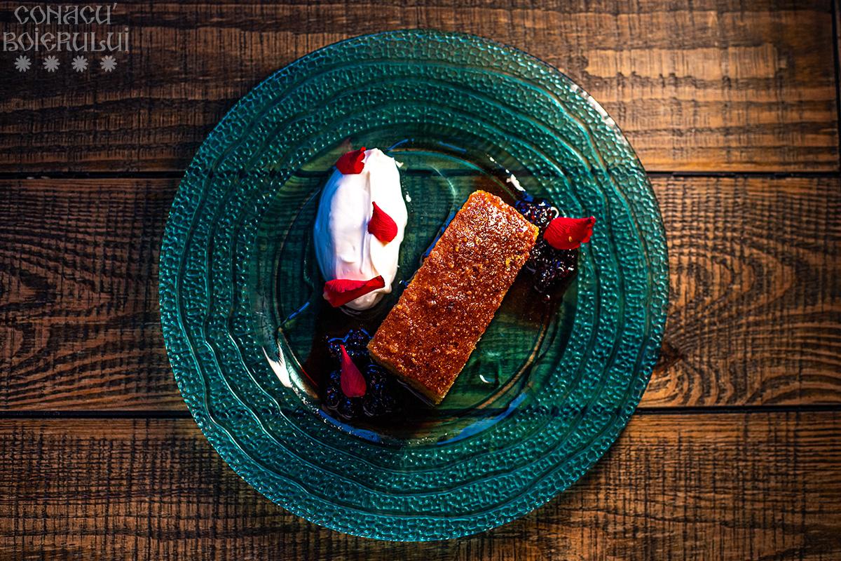 Restaurant Conacu' Boierului, Ponoarele, Mehedinti - Prajitura cu malai